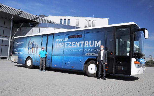 autobusi-daimler-buses-setra-multiclass-s-415-le-vakcina-huber-group-isporuka-2021-proauto-02