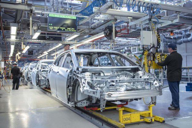 nedostatak-poluprovodnika-usporava-proizvodnju-automobila-u-sad-2021-proauto-02