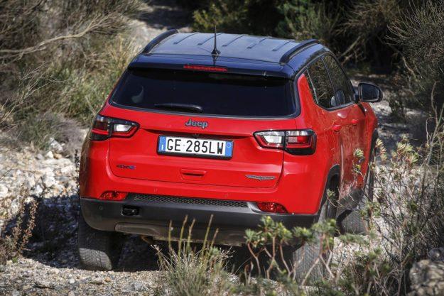 predstavljen-novi-jeep-compass-2021-proauto-10