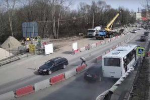 Rusija: Drama u autobusu nakon što se onesvijestio vozač [Video]