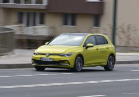 TEST – Volkswagen Golf 8 Style 2.0 TDI DSG (150 KS)