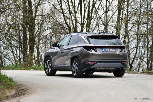 test-hyundai-tucson-1-6-t-gdi-4wd-htrack-7dct-shift-by-wire-luxury-2021-proauto-014