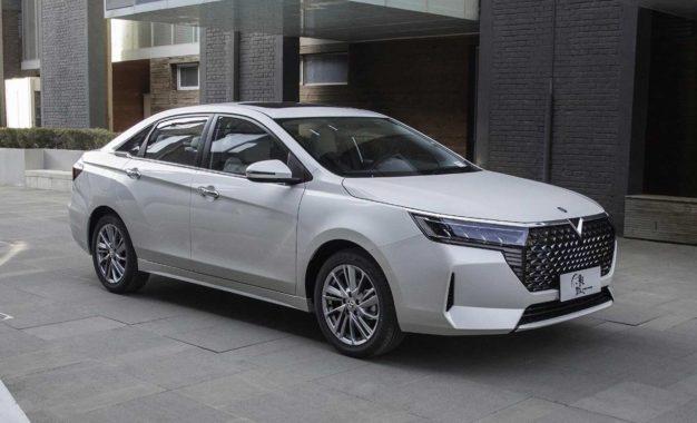 Venucia D60 Plus: Nissanova limuzina za Kinu [Galerija]