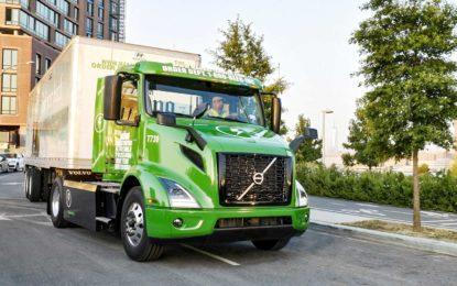 Volvo Trucks započeo isporuku tegljača VNR Electrics za Manhattan Beer Distributors