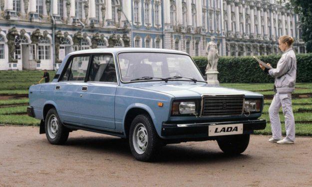 1. Lada 2107 / Rusija