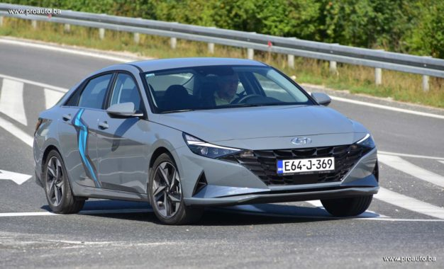 TEST – Hyundai Elantra 1.6 MPi Premium plus 6MT