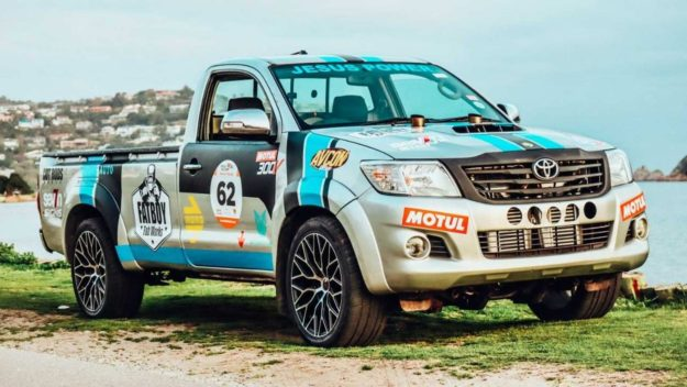 tuning-fatboy-fab-works-toyota-hilux-v12-twin-turbo-pick-up-2021-proauto-02