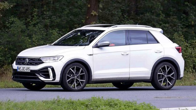 volkswagen-t-roc-r-without-camouflage-spy-photo-2021-proauto-03