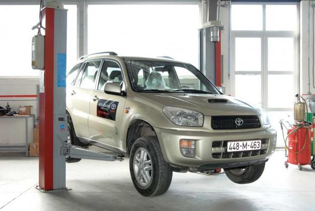 Proauto Održavanje Polovne Toyote Rav4 18 Vvt I I 20 D4