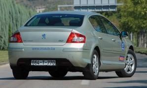 polovni-peugeot-407-2011-proauto-03