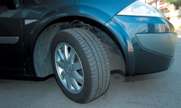 polovni-renault-megane-sedan-ii-halilovic-2011-proauto-11