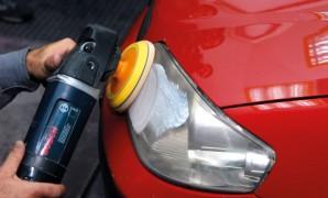 Poliranjem stakala prednjih svjetala može se povećati sigurnost u vožnji i dodatno uštedjeti
