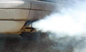 """Kada se iz auspuha primijeti plavičasti dim to znači da je motoru """"odzvonilo"""" i da ga, vjerovatno, treba podvrgnuti generalnom servisu"""