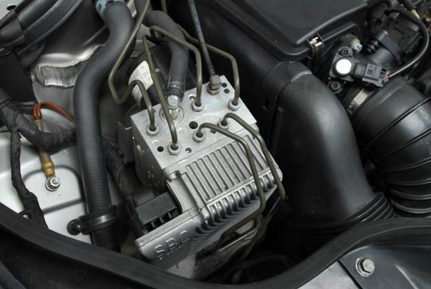 polovni-odrzavanje-servis-mercedes-e-klasa-w211-e220-cdi-e270-cdi-e320-cdi-proauto-13