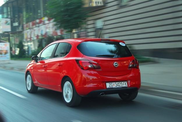 test-opel-corsa-e-5dr-enjoy-start-stop-2015-proauto-04