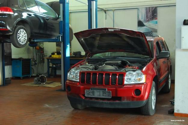 polovni-jeep-grand-cherokee-wk-proauto-02