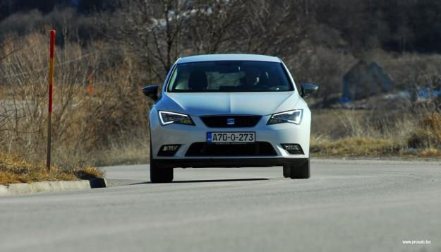test-seat-leon-style-16-tdi-cr-connect-2015-proauto-49