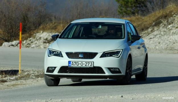 test-seat-leon-style-16-tdi-cr-connect-2015-proauto-50