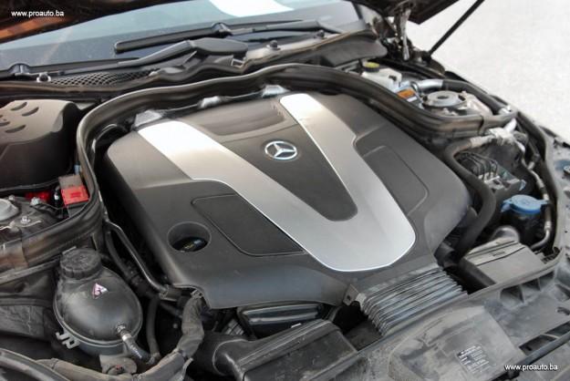 polovni-mercedes-benz-e-klasa-w212-2016-proauto-19