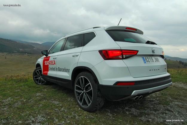 test-seat-ateca-xcellence-20-tdi-cr-ss-4drive-m6-2016-proauto-10