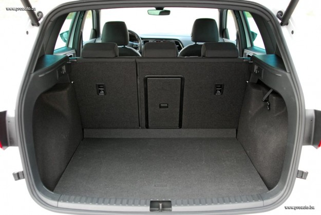 test-seat-ateca-xcellence-20-tdi-cr-ss-4drive-m6-2016-proauto-19