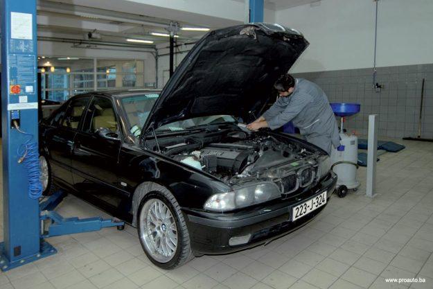 polovni-bmw-serije-5-e39-proauto-01