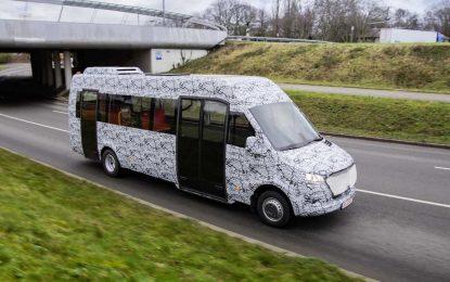 Testovi kamufliranog Mercedes-Benza Minibusa u Dortmundu najavljuju skoro predstavljanje