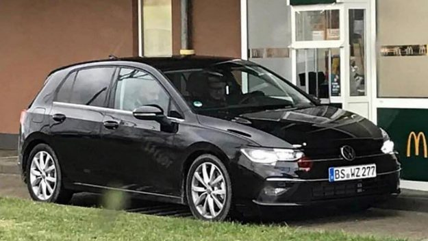volkswagen-golf-8-without-camouflage-spy-photo-2019-proauto-01