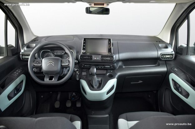 test-citroen-berlingo-feel-m-15-bluehdi-100-bvm5-2019-proauto-10