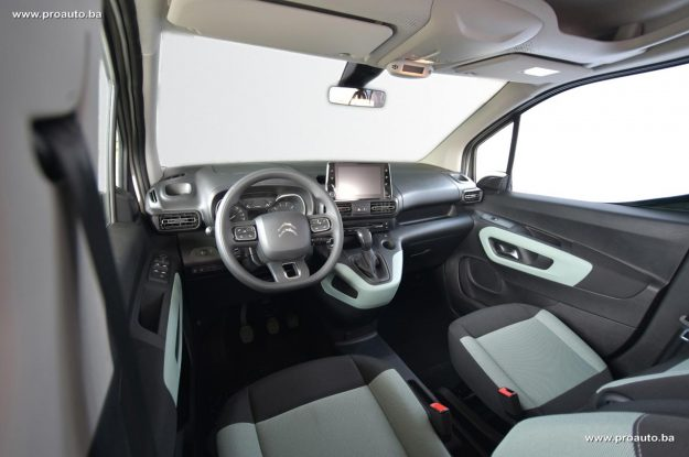 test-citroen-berlingo-feel-m-15-bluehdi-100-bvm5-2019-proauto-11