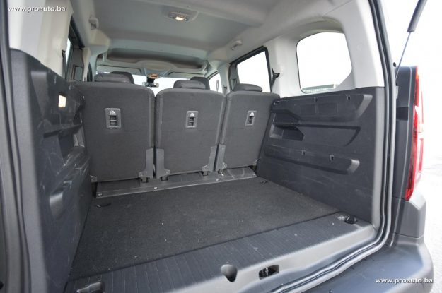 test-citroen-berlingo-feel-m-15-bluehdi-100-bvm5-2019-proauto-55