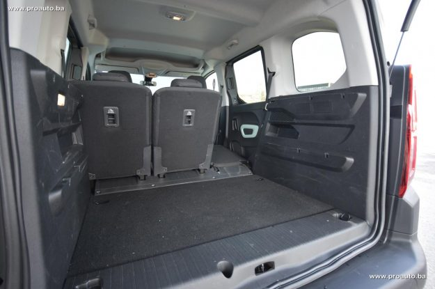 test-citroen-berlingo-feel-m-15-bluehdi-100-bvm5-2019-proauto-56