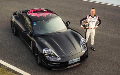 Trostruka demo vožnja sa prvim potpuno električnim sportskim Porscheom