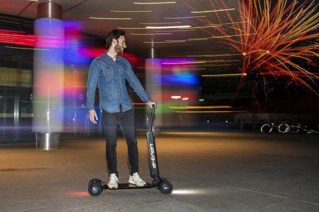 audi-e-tron-scooter-e-scooter-2019-proauto-04