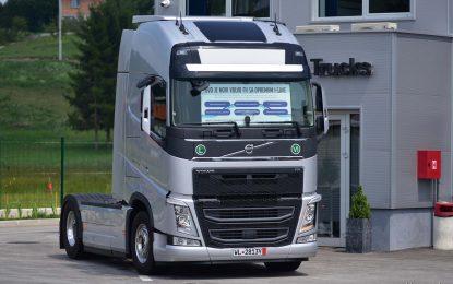 U BiH isporučen prvi kamion Volvo FH500 I-Save sa posebnim tehničkim i softverskim paketom za uštedu goriva [Galerija]