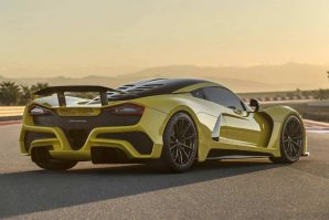 hennessey-with-1817-hp-venom-f5-fury-v8-engine-trolls-bugatti-2019-proauto-05