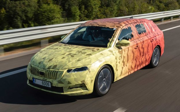 skoda-octavia-iv-covered-2019-proauto-01