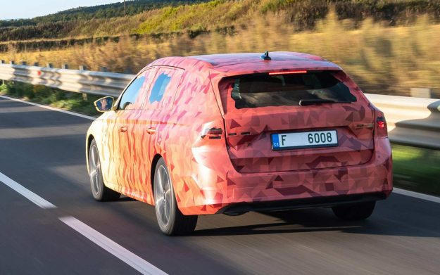 skoda-octavia-iv-covered-2019-proauto-02