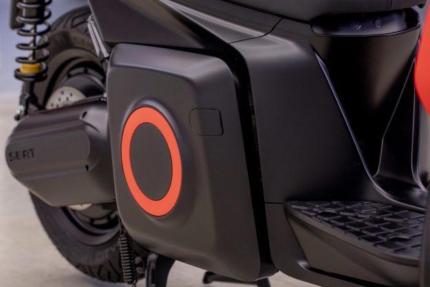 seat-e-scooter-elektricni-motocikl-2019-proauto-05