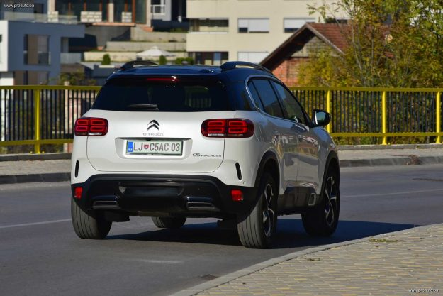 test-citroen-c5-aircross-shine-20-bluehdi-180-ss-eat8-euro-62-2019-proauto-18