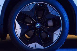 BMW priprema aerodinamičke točkove za električni iX3