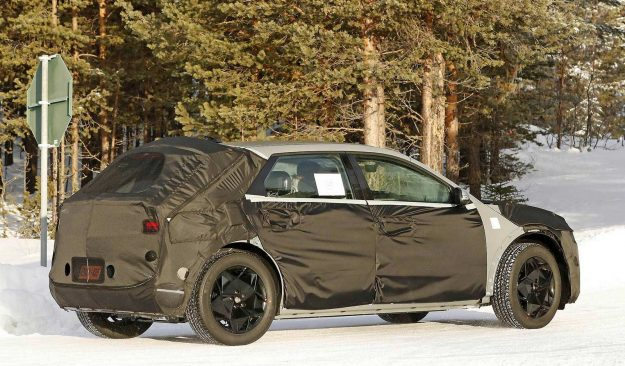 hyundai-45-ev-winter-test-spy-photo-2020-proauto-04