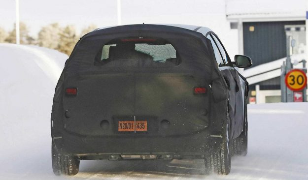 hyundai-45-ev-winter-test-spy-photo-2020-proauto-05