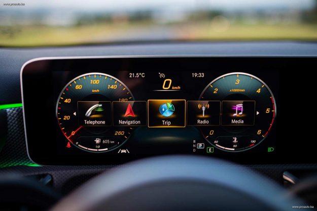 test-mercedes-benz-a-180-d-7dct-sedan-v177-2020-proauto-92