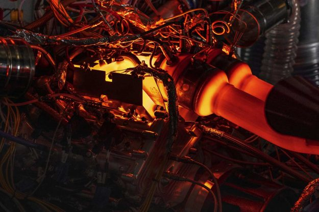 aston-martin-v6-new-engine-hybrid-2020-proauto-10