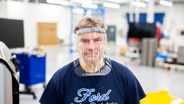 ford-partners-with-3m-ge-healthcare-to-battle-coronavirus-2020-proauto-06