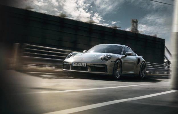 porsche-911-turbo-s-Coupe-i-porsche-911-turbo-s-cabriolet-2020-proauto-06