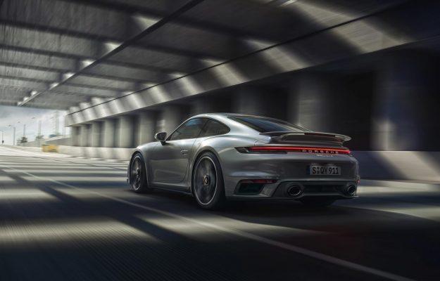 porsche-911-turbo-s-Coupe-i-porsche-911-turbo-s-cabriolet-2020-proauto-07