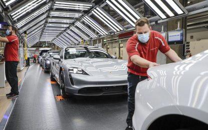 Porsche restartuje proizvodnju