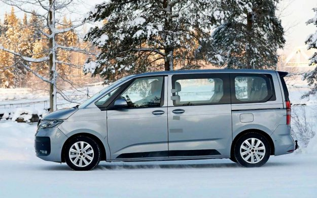 volkswagen-t7-multivan-spy-photo-winter-test-sweden-2021-proauto-03